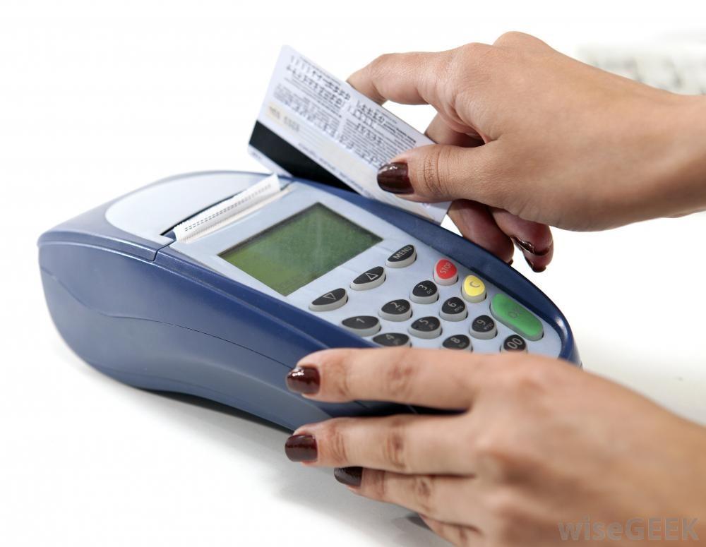 Hvað kostar að nota debetkortið?
